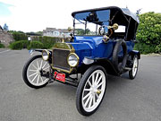 1915 Ford Model-T Touring