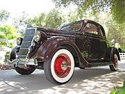 1935 Ford 5-Window Deluxe Coupe