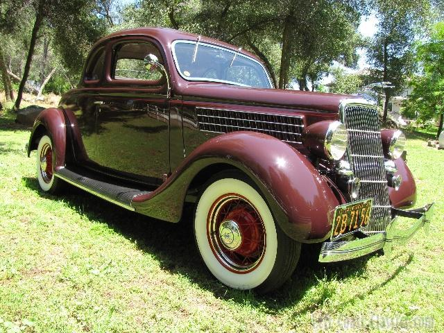 1935 Ford Deluxe 5-Window Coupe Body Gallery/1935-ford ...