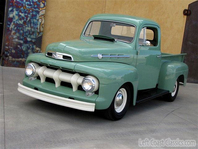 1951 Ford F1 Pickup 052