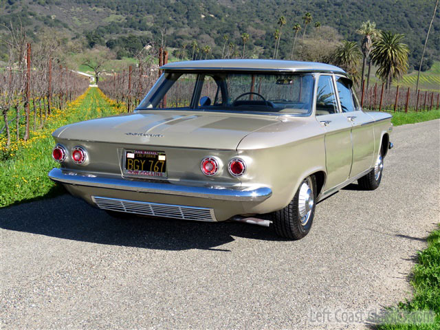1962 Chevrolet Corvair 009