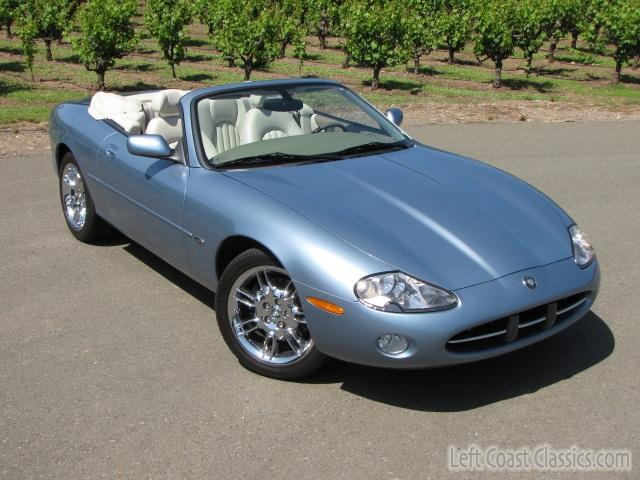 2002 jaguar xk8 convertible body gallery 2002 jaguar xk8 convertible 952. Black Bedroom Furniture Sets. Home Design Ideas