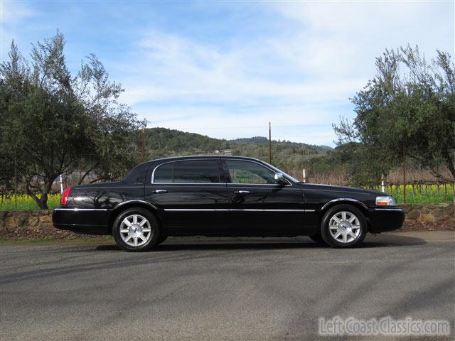2009 lincoln town car executive l ebay. Black Bedroom Furniture Sets. Home Design Ideas